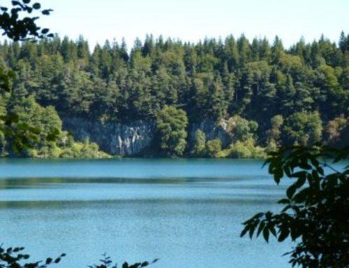 La route des lacs d'Auvergnes